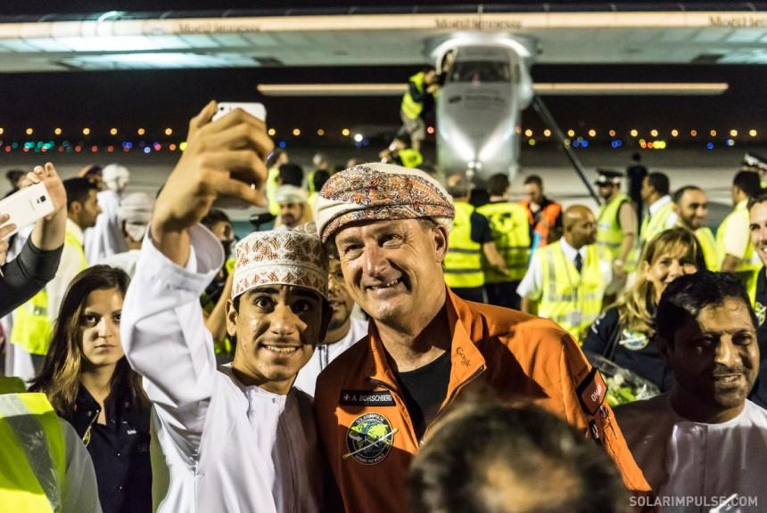 -2015_03_09_Solar_Impulse_2_RTW_1rst_Flight_Abu_Dhabi_to_Muscat_Landing_Revillard_28